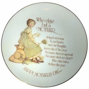 """HOLLY HOBBIE 1976 MOTHER'S DAY PLATE 8"""""""